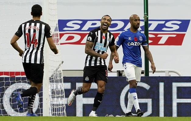 Newcastle United 2-1 Everton